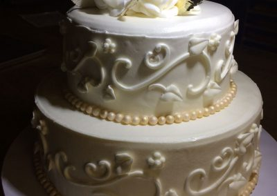 traditional-stacked-metallic-wedding-cakes-wilmington-nc